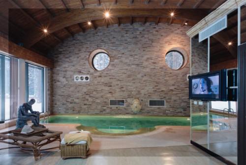 домашний кинотеатр в доме с бассейном от элит технолоджи